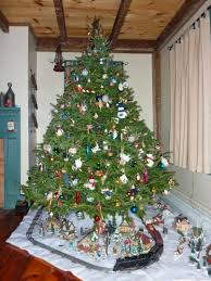 Living Room Decorating For Christmas Small Spaces Living Room Ideas Christmas Stair Decoration Ideas