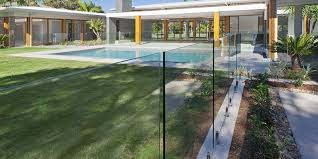 outdoor glass pool fencing