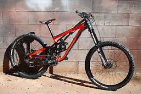 scott gambler dh downhill 730 with lots of upgrades low usage