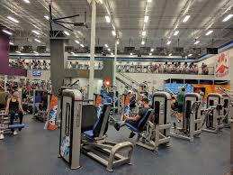 members looking for guidance or motivation at the gym can join c crunch an exclusive program that gives members the opportunity to work one on one with
