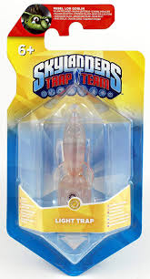 Skylanders Trap Team Light Trap Masters Amazon Com Skylanders Trap Team Light Trap Light Rocket