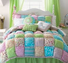 Best 25+ Puff quilt tutorials ideas on Pinterest | Puff quilt ... & How To Make A Puff Quilt Its Easy When You Know | The WHOot Adamdwight.com