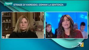 Daniela Rombi madre di una delle vittime della strage di Viareggio - YouTube