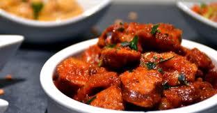 Rougail saucisses, la recette traditionnelle de la Réunion, un délice assuré.