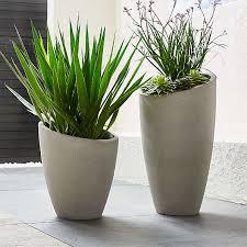 outdoor planters pots garden tools