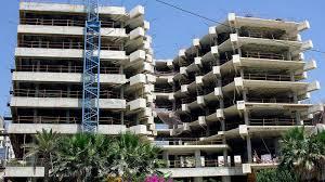 imagen de archivo de un edificio en construcción en estepona málaga