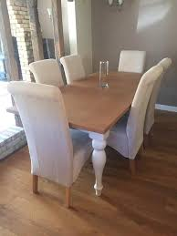 a almost new dining room table which has only been used a few times this es from a pet free child free and smoke free home no marks looks brand new