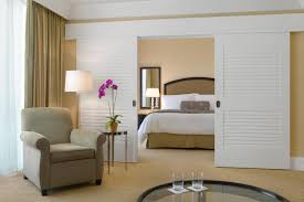 Louvered Bedroom Furniture Amazing Louvered Bedroom Door With White Paint Also Sliding