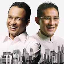 Gubernur Dki Jakarta Pergub Sebelum Keluarkan Diskresi Sepatu Kets Sandi
