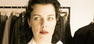 debi mazar reveals she was madonna s makeup artist in the 80s