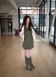 lindzi shanks of modern day moxie rocking a jack by bb dakota olive green dress that