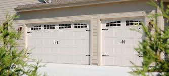 garage door stylesWhite Garage Door Styles   Window to the Garage Door Styles