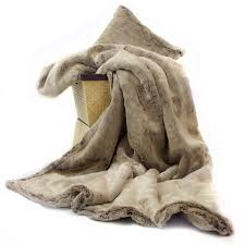 posh pelts  double sided chinchilla throw – frosted spice rum color