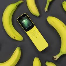 Living with a Nokia 8810 in 2018