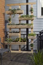 diy outdoor living wall from planters