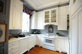 kitchen wall paint colors with cream cabinets vs ivory kitchen should white kitchen cabinets match trim