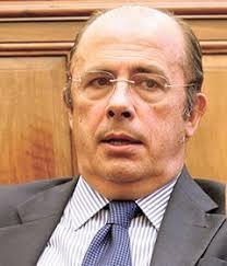 ... insistencia del diputado valenciano del PP Ignacio Gil Lázaro a la hora ... - gil-lazaro