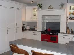 White Gloss Kitchen Worktop Fully Fitted Kitchens Designer Kitchens At Irresistible Prices