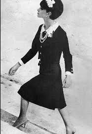 1965 Chanel's jersey two-piece with short <b>bolero</b> jacket and crisp ...