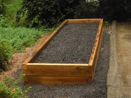 diy soil mix for recycle wood raised bed vegetable garden for small backyard garden spaces ideas