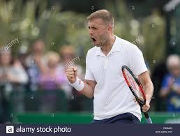 Dan Evans aus Großbritannien zeigt Emotion als er feiert, gewann ein  Tennismatch während der Natur Tal Öffnen - Dan Evans Tennis Stockfotografie  - Alamy