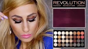 makeup revolution flawless 2 8 ultra 32 eyeshadow palette review demo swatches you