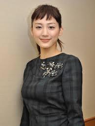 綾瀬はるか結婚したいアラサー女性芸能人1位に 2013年4月12日