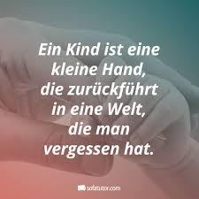 Ein Kind Ist Eine Kleine Hand Die Zurückführt In Eine Welt Die Man