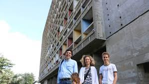 Rezé à Marseille On Habite Dans La Maison Du Fada