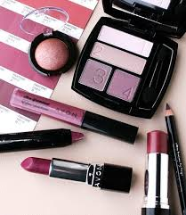 mark cosmetics by avon you ll love the trendy designs and image via avon2016markgiftbanner