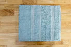How to Hang Bathroom Towels Decoratively Hunker
