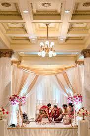 Marriage Set Design Gorgeous Ceremony Mandap Gold Champagne Ivory