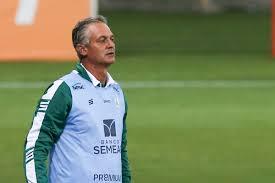 """Renovado com o América-MG, Lisca diz que trocaria time por """"gigantes"""" como  o Flamengo"""