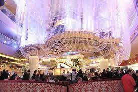 the chandelier best nightlife in las