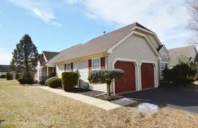 289 toms river nj homes with a pool for