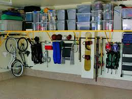 totes like rubbermaid or sterilite with lids garage organization tips e28