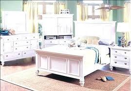 Rooms To Go Queen Bedroom Set Rooms To Go Queen Bed Incredible ...