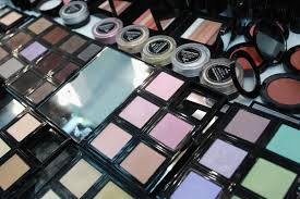 makeup used at fashion shows is not returnable photo lisa maree williams getty