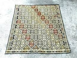4 foot square rug ft area