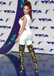 Heidi Vandenberg Star Charts Vmas 2017 Celebrities Who Made The Worst Dressed List