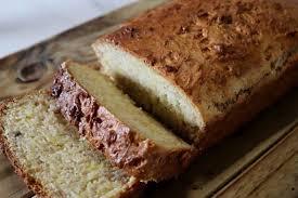 This banana bread has been the most popular recipe on simply recipes for over 10 years. Maak Nie Saak Hoe Die Weer By Jou Lyk Nie 'n Lekker Noedelslaai Is Altyd 'n Wenner In 2021 Food Recipes Foodie