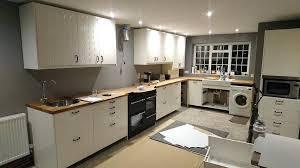 wickes kitchen reviews experienced kitchen er carpenter b q wren wickes dakota kitchen reviews wickes kitchen