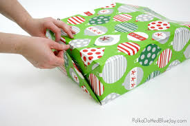 Our Favorite Christmas Gift Wrapping IdeasBeautiful Christmas Gift Wrap