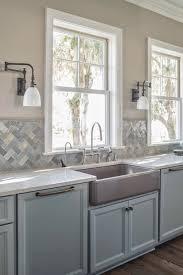 cream quartz counters