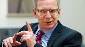 <b>Thomas de Maiziere</b> - Der Bundesverteidigungsminister spricht in seinem <b>...</b> - stellt-sich-hinter-den-franzoesischen-militaereinsatz-in-mali-bundesverteidigungsminister-thomas-de-maiziere-cdu