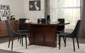 magnus walnut high gloss dining table with 4 modena black chairs