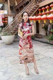พร้อมส่ง ชุดกี่เพ้าที่สาวๆถามหามากที่สุด ลายสวยมากๆค่ะ  เข้ากับเทศกาลตรุษจีนนี้สุดๆ เนื้อผ้าวาเลน ผ้า2ข้าง ซิปหลังค่ะ -  Dresshitfashionshop เสื้อผ้าแฟชั่น เสื้อผ้าเกาหลี ชุดเดรสเกาหลี เดรสทำงาน :  Inspired by LnwShop.com
