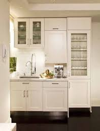 I Often Get Caught Up Admiring Kitchens That Are Designed On A Grand Scale.  These Kitchens Have Big Islands, Beautifully Blended Refrigerator And  Freezer ...