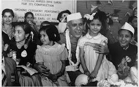 do you know who is s first female photo journalist the jawaharlal nehru sharing a light moment kids