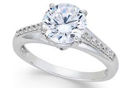 Top Engagement Ring Designers List The 9 Best Fake Engagement Rings For Travel In 2020